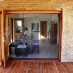 15b Bifold doors with 2 magnetic closure Flexiscreen