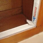 54a Reveal fit window screen and pull tab